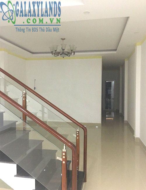 Bán nhà phường Chánh Nghĩa.