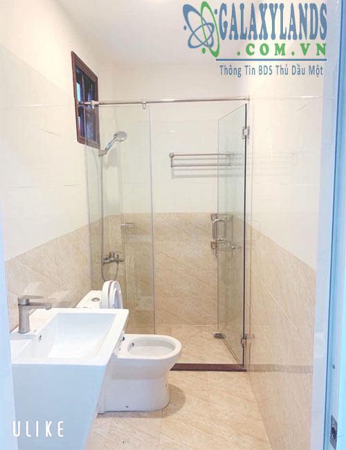 Nhà vệ sinh nhà khu dân cư K8 Hiệp Thành