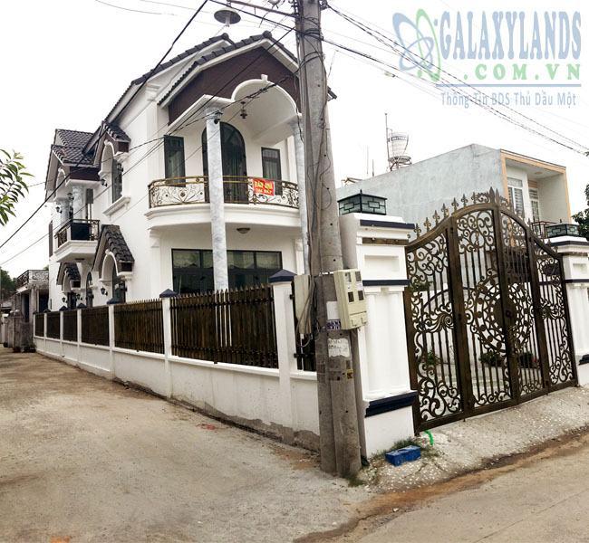 Bán nhà hẻm 242 Nguyễn Đức Thuận, phường Hiệp Thành, Thủ Dầu Một
