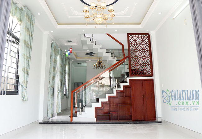 Nhà 2 mặt tiền đường hẻm Nguyễn Đức Thuận giáp KDC Hiệp Thành 1, Thủ Dầu Một
