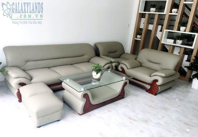 Bộ Sofa phòng khách nhà bán hẻm 296 Nguyễn Thị Minh Khai, phường Phú Hòa, Thủ Dầu Một, Bình Dương