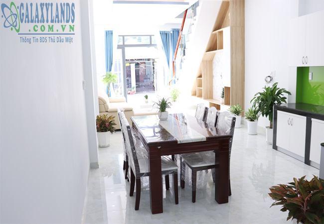 Nhà bếp nhà bán phường Phú Hòa