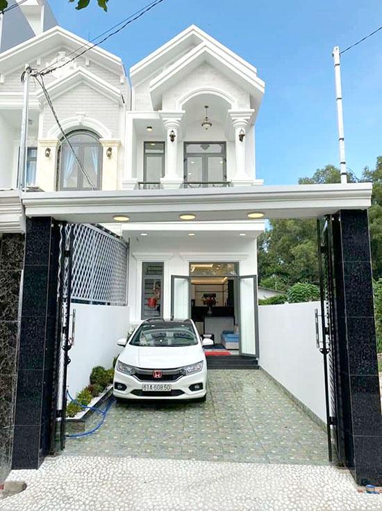 Bán nhà 1 trệt 1 lầu hẻm Nguyễn Đức Thuận đối diện khu dân cư Hiệp Thành 1, Thủ Dầu Một, Bình Dương