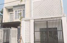 Bán nhà đường D1 cạnh trường tiểu học Chánh Nghĩa.